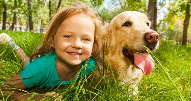 Nέα έρευνα αναδεικνύει τα οφέλη από τη συμβίωση με κατοικίδια ζώα κατά τη διάρκεια της παιδικής ηλικίας στη μείωση του κινδύνου εμφάνισης αλλεργιών και παχυσαρκίας
